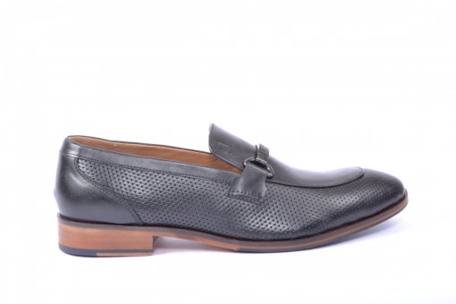Black Coloured Formal Shoes by Clog London