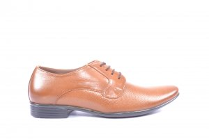 Brown Coloured Formal Shoes by Egoss