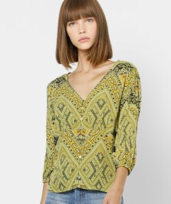 ONLY GREEN ALL OVER PRINT V NECK TOP