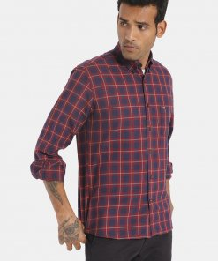 ARROW SPORT Men Red And Navy Check Cotton Casual Shirt