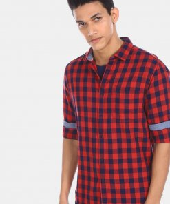 FLYING MACHINE Men Red And Blue Cutaway Collar Check Casual Shirt