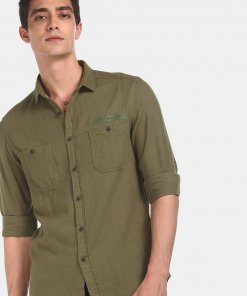 FLYING MACHINE Men Olive Cotton Patterned Weave Casual Shir