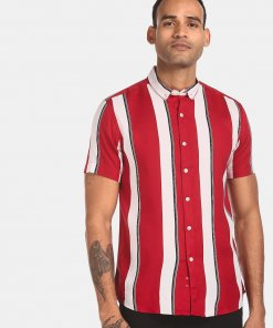 FLYING MACHINE Men Red Short Sleeve Striped Casual Shirt